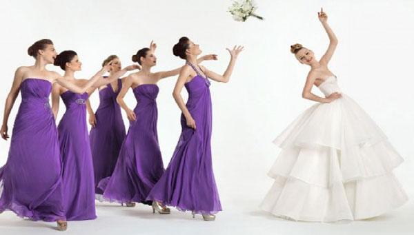 madrinhas-de-casamento-com-vestido-igual