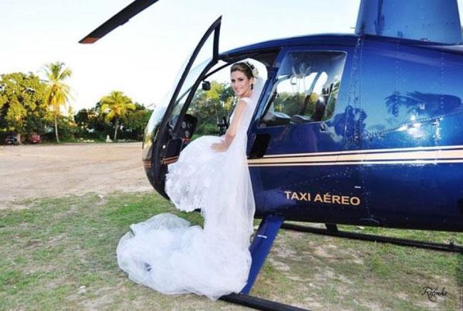 noiva-chegando-helicoptero