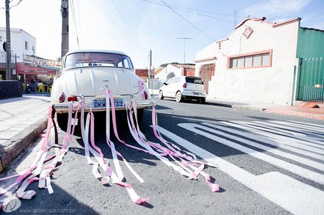 noivos-carro-antigo-01