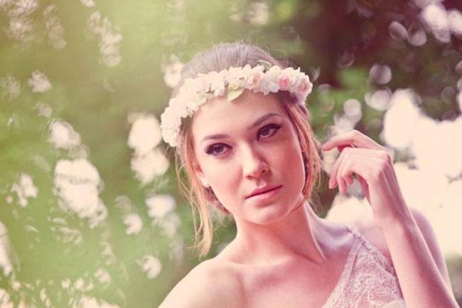 penteado-para-noivas-com-flores-02