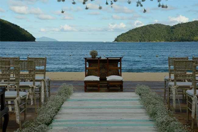 Casamento-na-praia-verde-agua