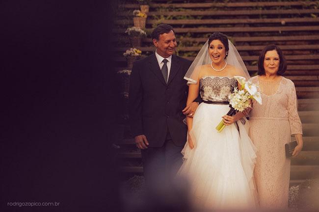 Casamento no campo e noiva com o pai